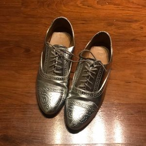 Silver leather J.Crew oxfords/brogues